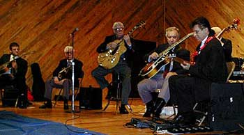 Steve Blailock, Skeets McWilliams, Mendell Lowe, Lloyd Wells and Bucky Barrett play guitars at Jazz Reunion 1998